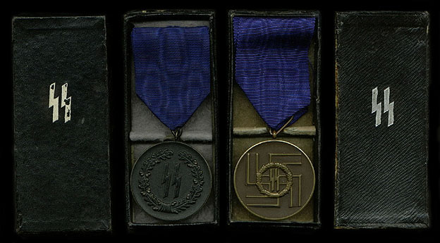 SS 4 & 8yr Service Medals
